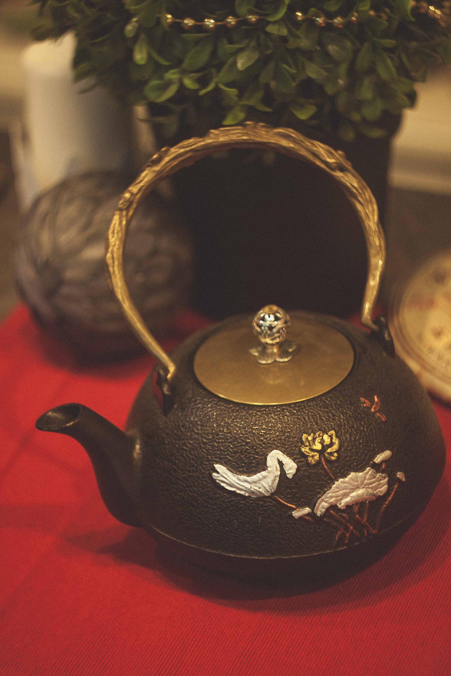 Чайник из чугуна - 950 мл